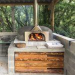 Le four à bois pour votre pain et vos pizzas