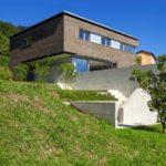 Comment construire sa maison sur un terrain en pente