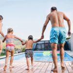 Le béton décoratif : une bonne idée en bord de piscine ?