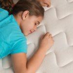 Problèmes de dos : comment choisir le matelas adapté ?
