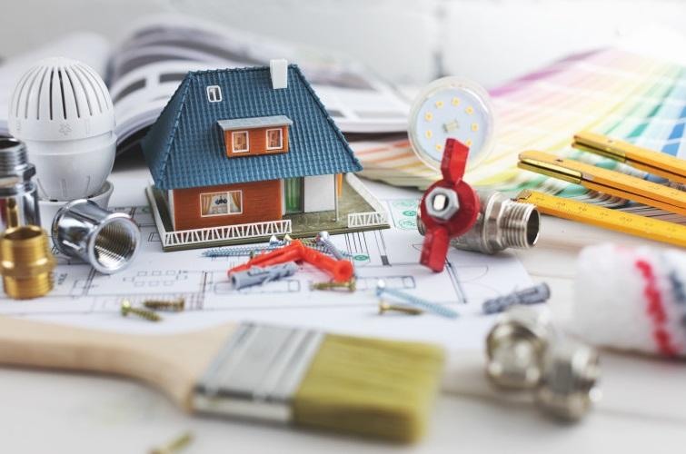 Mini maison et outils