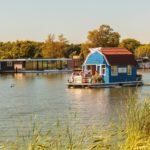 Atypique etfonctionnelle: pourquoi votre prochaine maison devrait être flottante