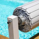 Volet roulant de piscine : comment mieux l'utiliser cet été ?